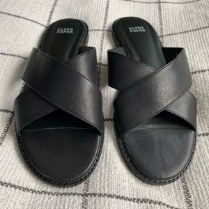 Eileen Fisher black leather sandals - 10